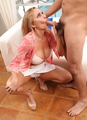 Naughty mature hottie Kenzi Foxx fucks her recently divorced friend