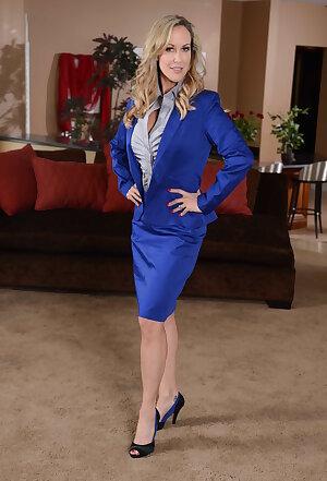Elegant lady Brandi Love