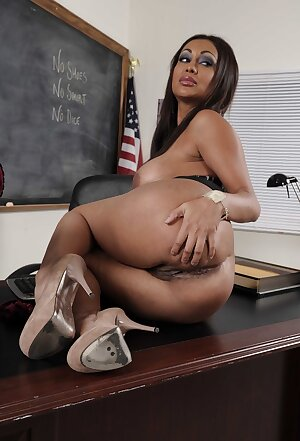 Amazing Indian teacher Priya Anjali Rai gets dirty in the class