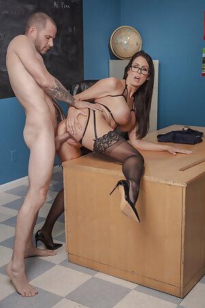 Big breasted mature teacher Reagan Foxx
