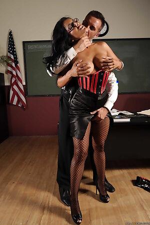 Asian pornstar Kiara Mia fucking in corset in fishnet stockings
