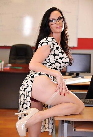 Hot MILF teacher Diamond Foxxx undresses at school