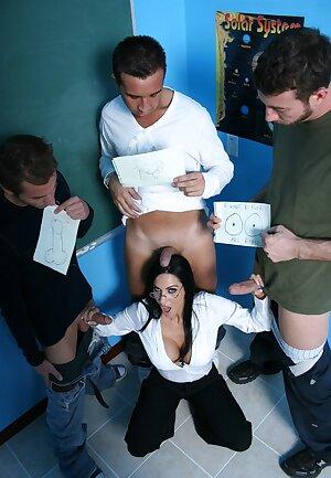 Horny teacher Veronica Rayne