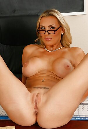 Nerdy Tanya Tate plays with her big tits
