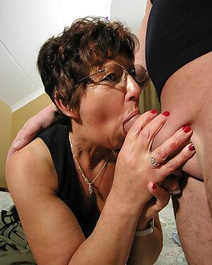 Older slut loves that big hard cock