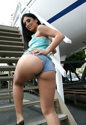 Latina slut Luscious Lopez poses in tight shorts and shows her appetizing butt