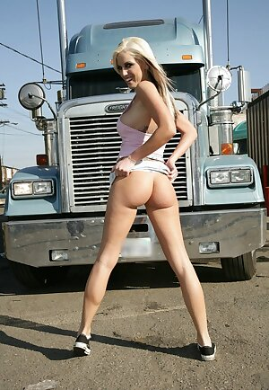 Tall blondie Tricia Oaks strips in public and demonstrates booty upskirt