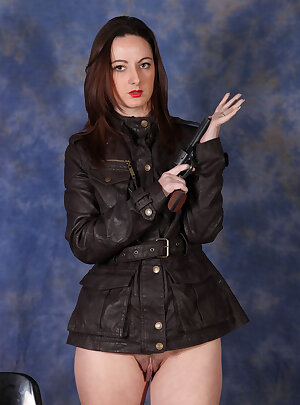 UK wife loves to play with her pussy when she is wearing her lovely soft leather jacket