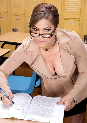 Stunning teacher Andrea Grey has an ass toy