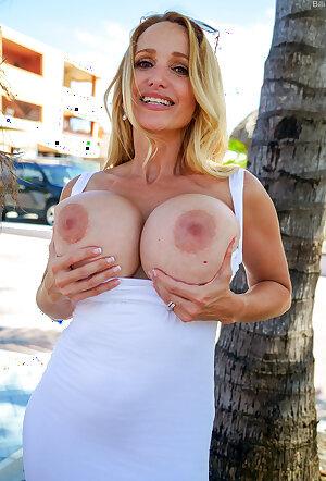 Billi Bardot in tight white dress