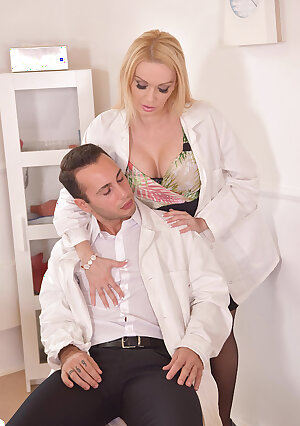 Sex hungry British nurse Amber Jayne has an orgasm at the hospital