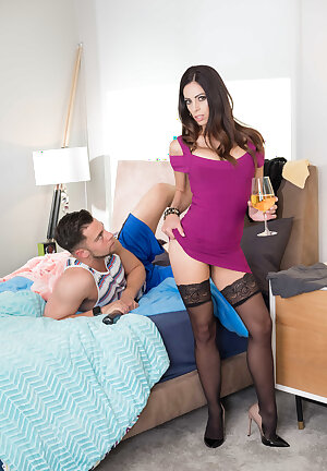 Sexy stocking cougar Eva Long strips naked to the delight of her girlfriend\'s son