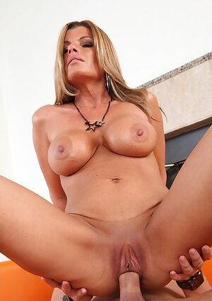Horny MILF Kristal Summers with big juggs rides a fat prick
