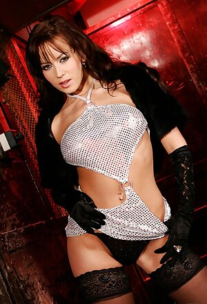 Czech brunette Cindy Dollar exposes underboobage in a sexiest dress