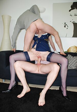 Brit whore get\'s a cock in her mature cunt and in her tight ass