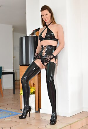 Hot UK Lara fucks in black latex