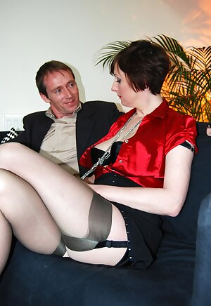 New lover fucks UK wife\'s brains out and shows her what he can do