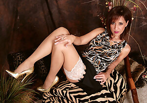 Sexiest Hawaiian housewife in stockings stockings and vintage lingerie