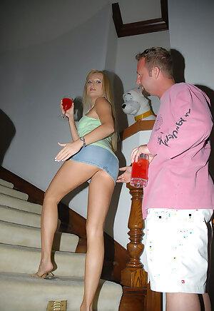 Blonde MILF ass flashing under her short skirt makes guy wanna fuck her