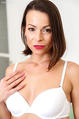 Sweet wife Caroline Ardulino spreads her lovely pussy lips