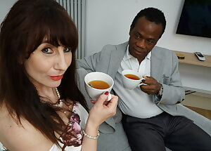 Horny wife Toni Lace goes interracial