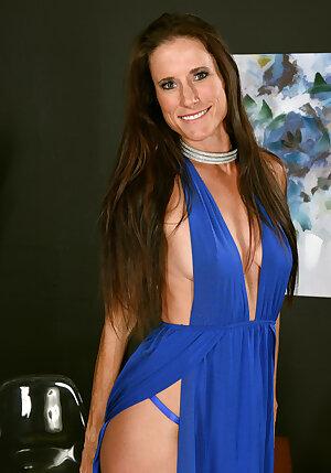 Slender Beauty Sofie Marie