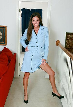 Elegant hottie Veronica Johnson