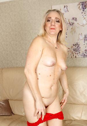 Horny nude granny