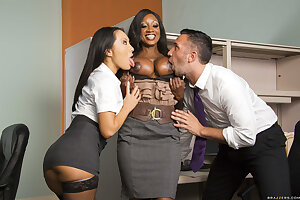 Office Asian MILF Asa Akira attempts threesome sex at work with her boss