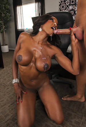 Busty black boss Diamond Jackson gets fucked by her coworker