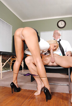 Long legs boss Briana Blair bends over for fellatio