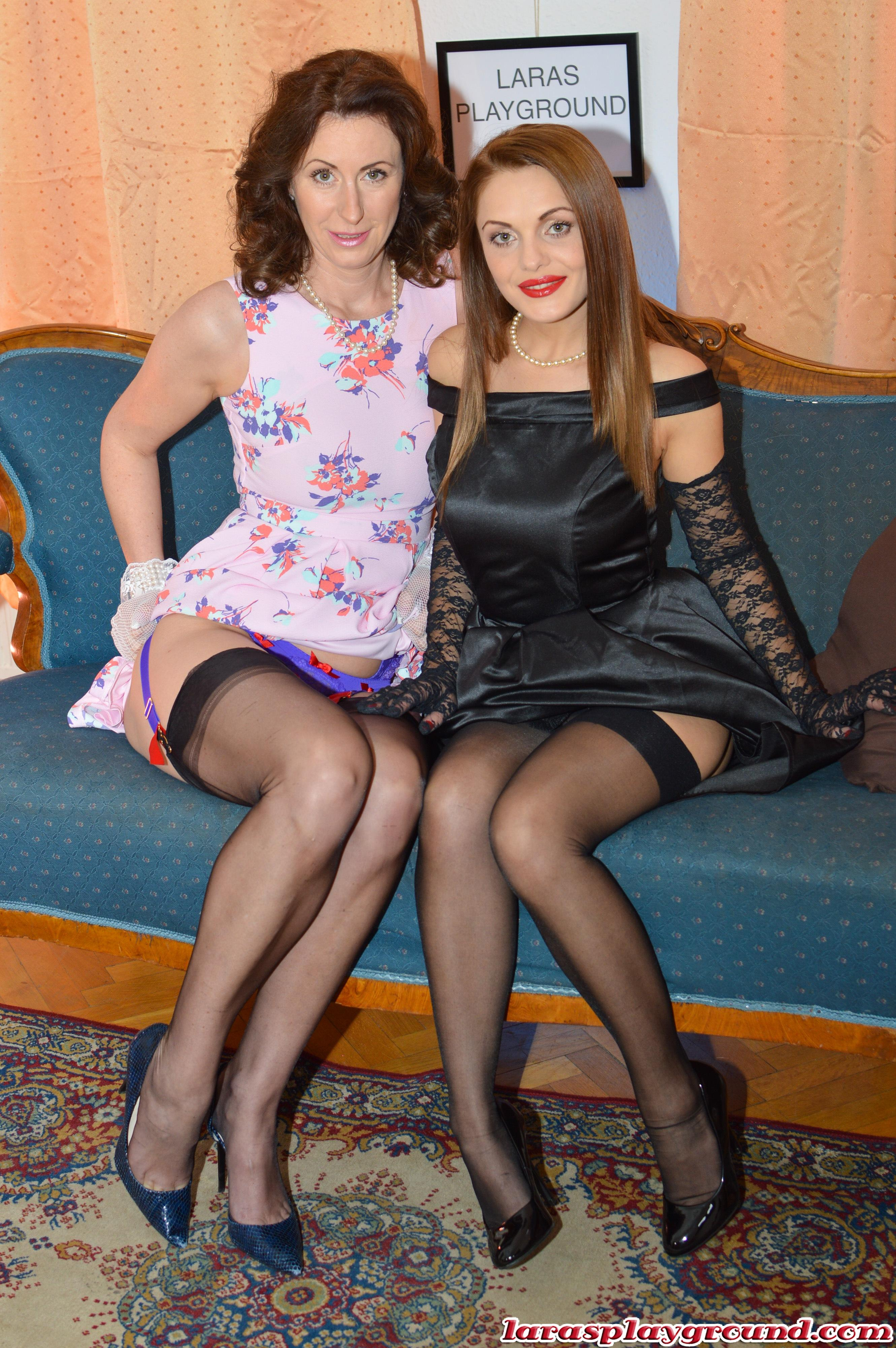 Gorgeous Milf Lara Playing With Her Younger Lesbian Friend -8952